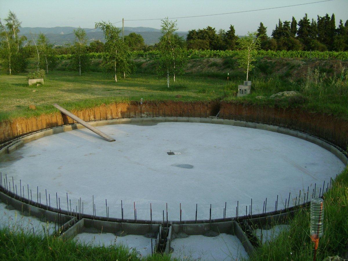Construction piscine ronde premi re rang e - Premiere mise en route piscine ...