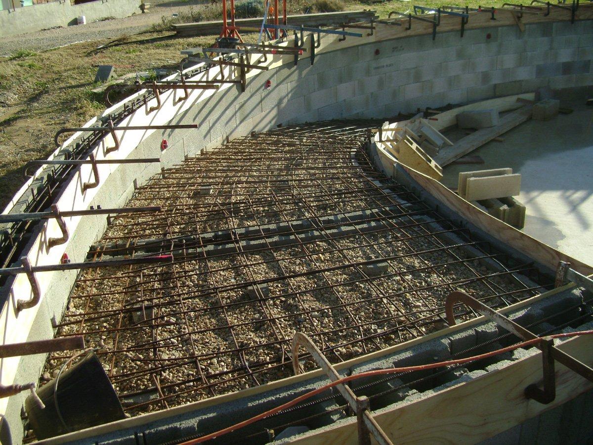 Construction piscine ronde ferraillage de la descente et - Ferraillage piscine beton ...