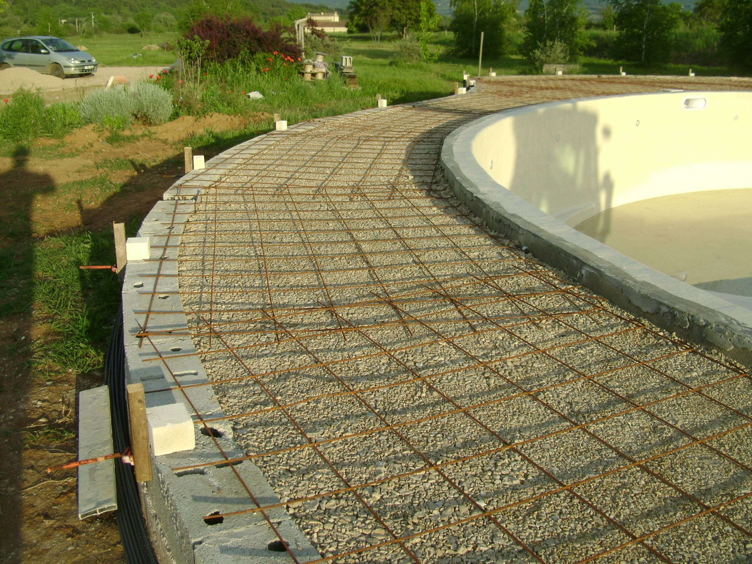 Construction piscine ronde non class for Comparatif piscine coque ou beton